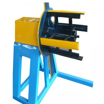 Manual decoiler for roll forming machine
