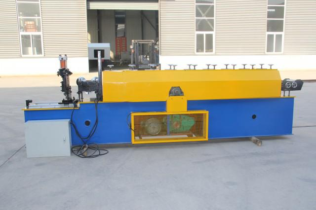 Useing of the JCH roll forming machine
