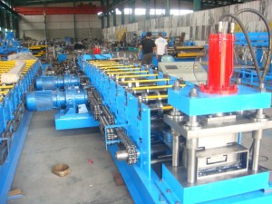 C-Purlines-roll-forming-machines-3