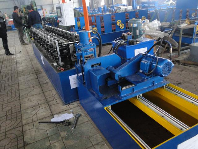 Automatic 700 shutter doors making machine