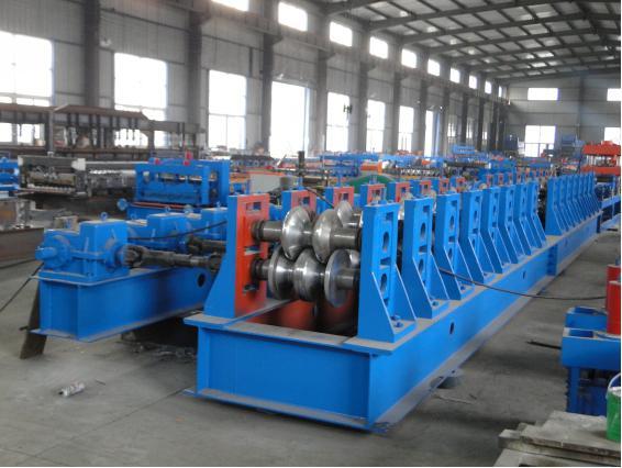 Steel Guardrail Roll Forming Machine