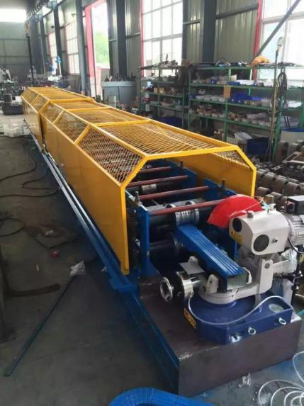 downpipe-roll-forming-machine-2