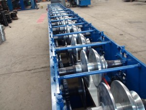 gutter-roll-forming-machine-4