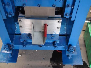 gutter-roll-forming-machine-5