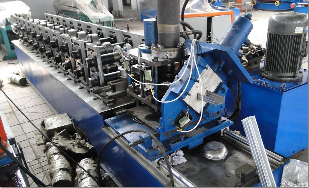 50-75-100-light kell roll forming machine