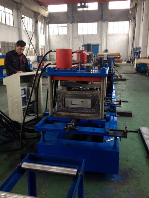 C Section Steel Purlin Cold Roll Forming Machine