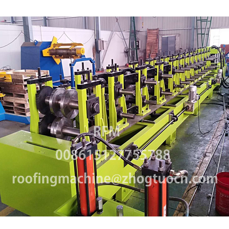 Interchangeable c/z purlin rolls forming machine