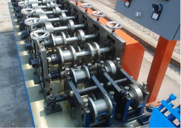 Combined UC light keel machine