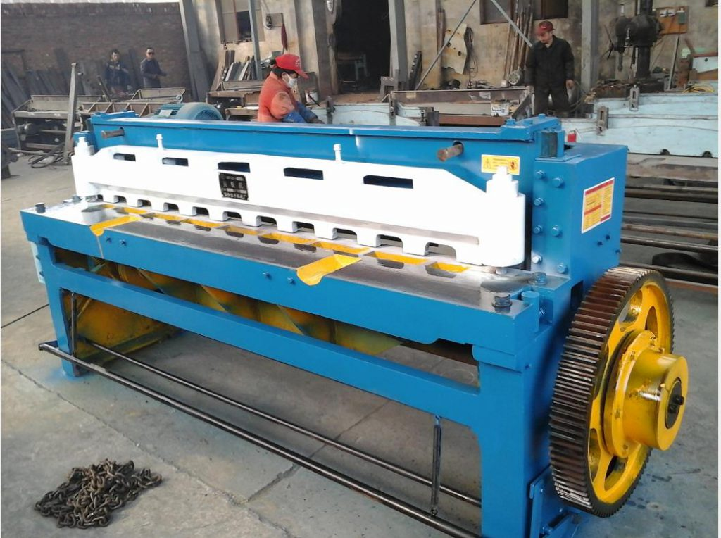 Metal Electrical cutter for cutting metal from coil to small pieces