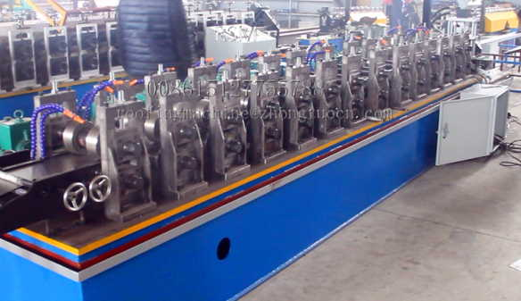 Deflection heads track 64-76-96 rolling forming machine