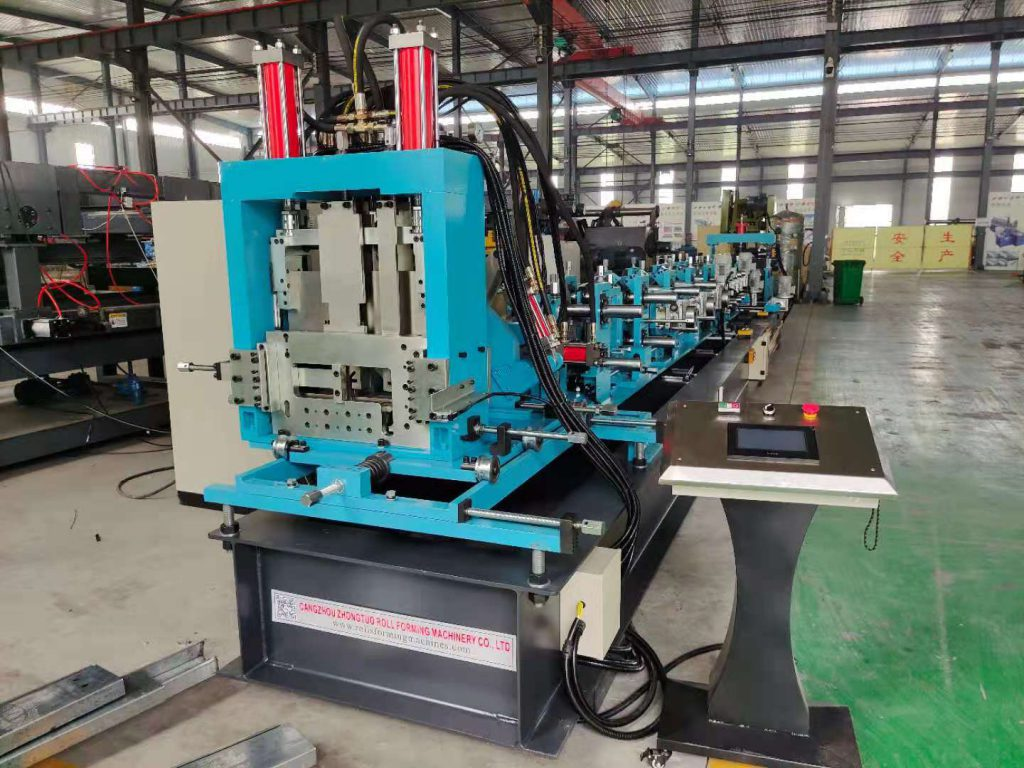 Fully automatic C and Z purlin roll forming machine